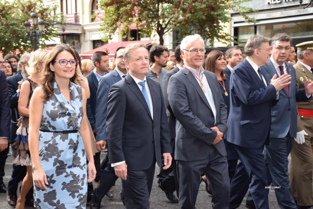 procesion-civica-valencia-9-octubre-senera-senyera-personalidades-62