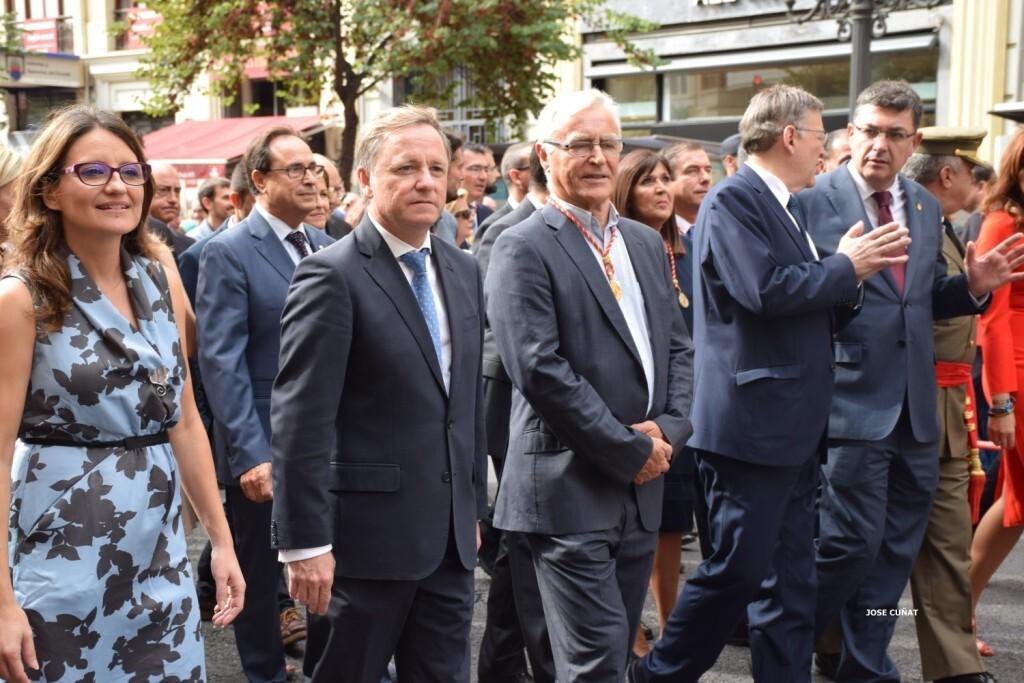 procesion-civica-valencia-9-octubre-senera-senyera-personalidades-63