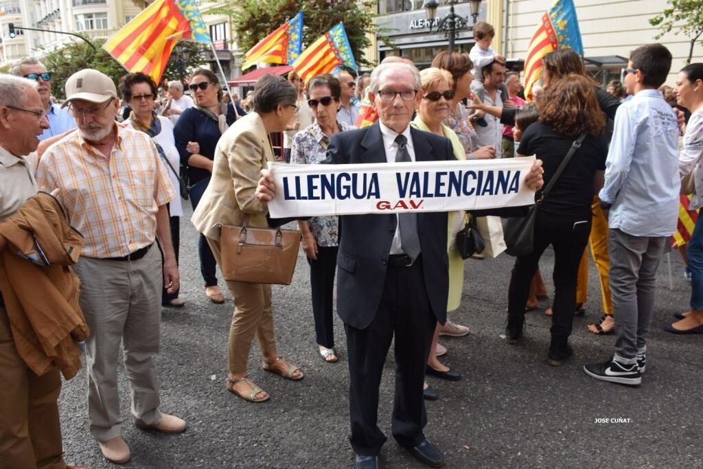procesion-civica-valencia-9-octubre-senera-senyera-personalidades-70