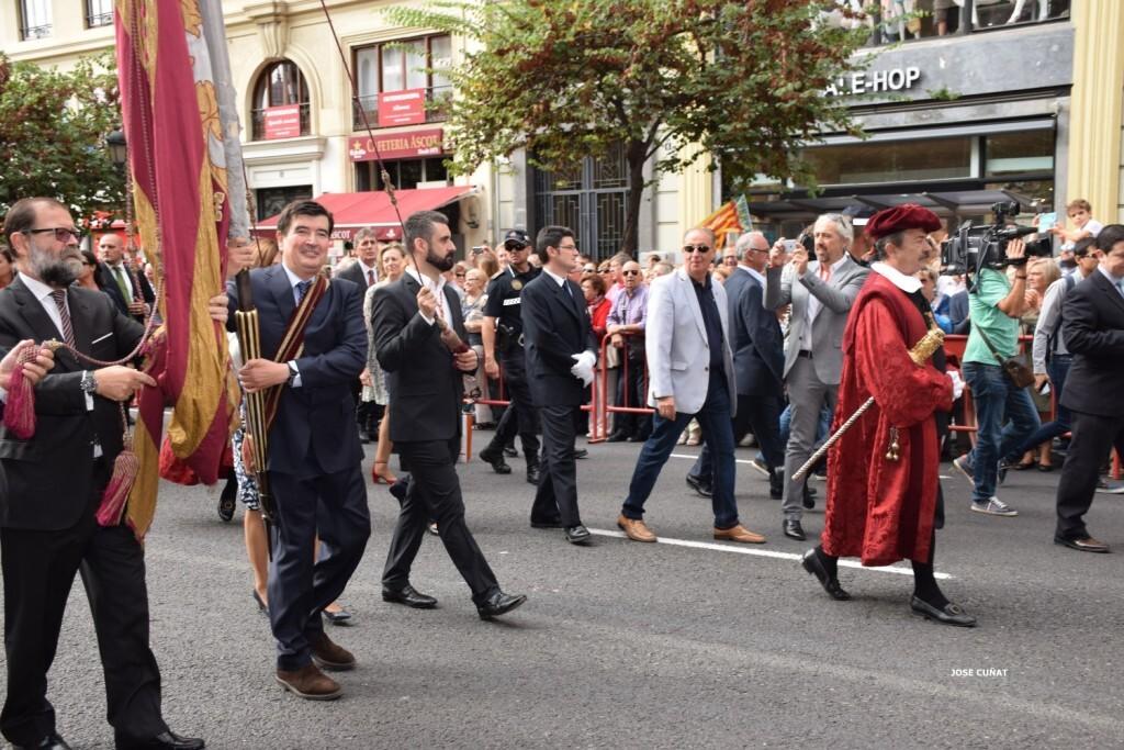 procesion-civica-valencia-9-octubre-senera-senyera-fernando-giner-ciudadanos-7