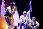 sala-russafa-estrena-la-version-de-esperando-a-godot-de-la-compania-murciana-la-nuca-teatro