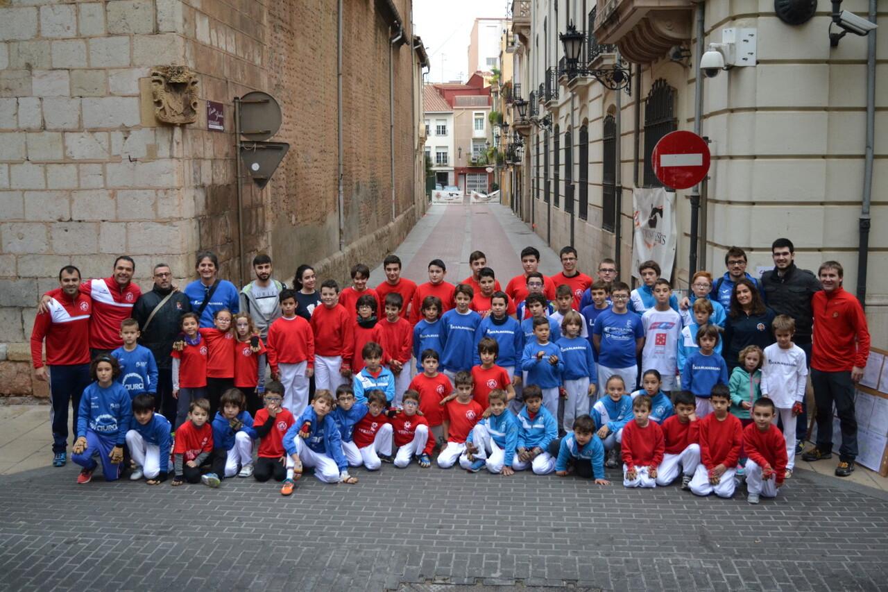 el-club-pilotari-castello-se-adhiere-a-los-actos-programados-por-el-ayuntamiento-de-la-ciudad