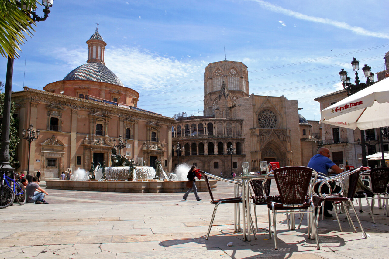 plaza-virgen-turismo