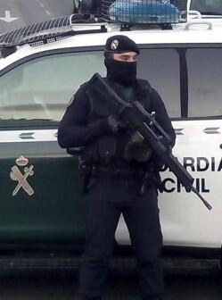 agentes-del-servicio-de-informacion-de-la-guardia-civil-estan-realizando-dos-registros-domiciliarios-en-a-coruna