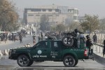 al-menos-27-personas-mueren-en-un-atentado-suicida-contra-una-mezquita-en-kabul