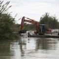 el-ayuntamiento-draga-los-principales-canales-y-acequies-del-lago-de-la-albufera