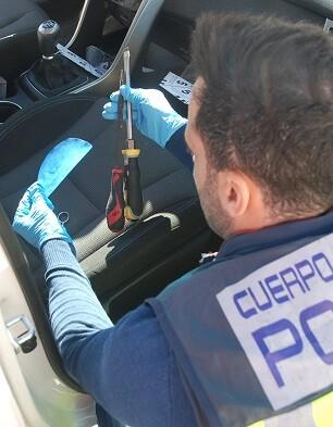 en-la-operacion-se-ha-detenido-en-alicante-y-barcelona-a-nueve-miembros-de-la-red