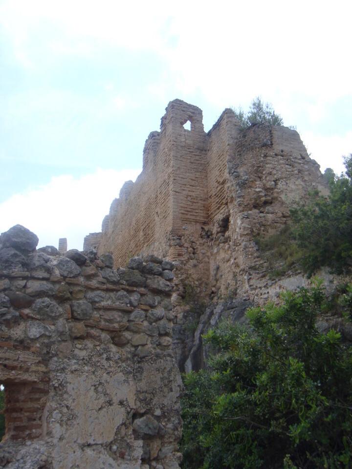 la-diputacion-licita-las-excavaciones-arqueologicas-en-el-castillo-de-corbera-previas-a-su-rehabilitacion
