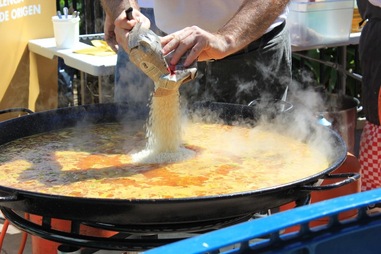 la-plaza-del-ayuntamiento-de-valencia-acogera-el-proximo-domingo-la-primera-celebracion-del-tastarros-3