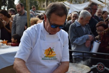 tastarros-en-la-plaza-del-ayuntamiento-de-valencia-paella-104