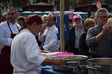 tastarros-en-la-plaza-del-ayuntamiento-de-valencia-paella-115