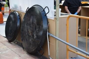 tastarros-en-la-plaza-del-ayuntamiento-de-valencia-paella-123