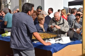tastarros-en-la-plaza-del-ayuntamiento-de-valencia-paella-160