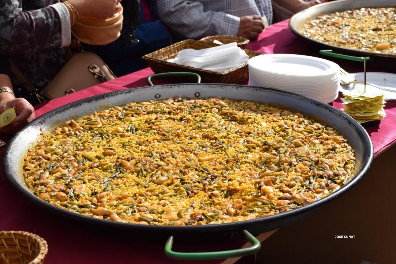 tastarros-en-la-plaza-del-ayuntamiento-de-valencia-paella-17