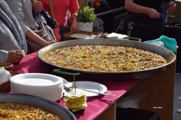 tastarros-en-la-plaza-del-ayuntamiento-de-valencia-paella-19