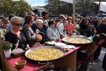 tastarros-en-la-plaza-del-ayuntamiento-de-valencia-paella-21