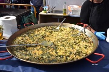 tastarros-en-la-plaza-del-ayuntamiento-de-valencia-paella-30