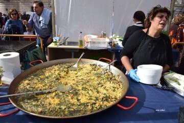 tastarros-en-la-plaza-del-ayuntamiento-de-valencia-paella-32