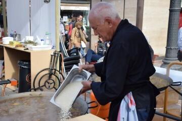 tastarros-en-la-plaza-del-ayuntamiento-de-valencia-paella-63