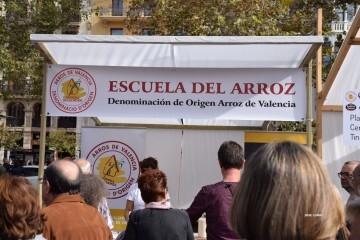 tastarros-en-la-plaza-del-ayuntamiento-de-valencia-paella-78