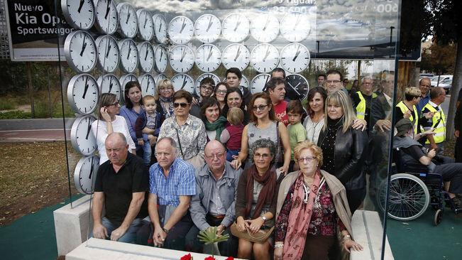 del-valencia-als-inauguracio-monument_1681642048_35087901_651x366