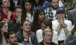Supporters of U.S. Democratic presidential nominee Hillary Clinton react at her election night rally in Manhattan, New York, U.S., November 8, 2016.    REUTERS/Lucy Nicholson
