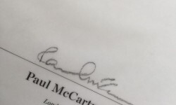 img1-libro-firmado-paul-mccartney-catawiki