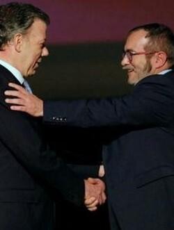 imagen-de-archivo-sobre-el-acuerdo-de-paz-pactado-en-guerrila-y-el-gobierno-colombiano