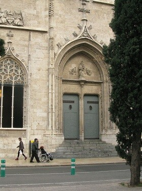 La Lonja es una de los edificios más visitados de España. (Foto-Manuel Molines).