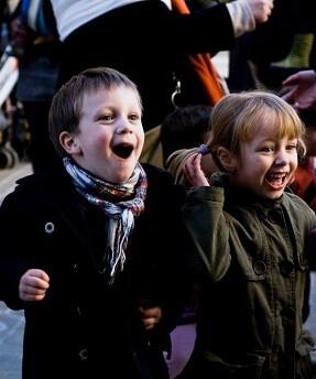 la-primera-edicion-del-festival-en-diciembre-de-2011-fue-una-sorpresa-para-el-barrio-y-las-familias