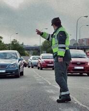 los-agentes-vigilaron-el-trafico-en-carreteras