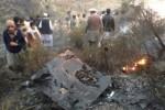 un-avion-con-48-personas-a-bordo-se-estrella-en-norte-de-pakistan