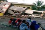 un-fuerte-sismo-en-indonesia-provoca-la-muerte-de-25-personas-y-cientos-de-heridos