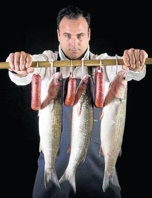 Chorizo de pescado creado por el chef ángel León