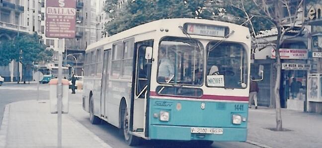 Autobús de 1986.