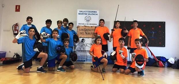 Catorce tiradores de la Escuela Deportiva de la Sala d'Esgrima Marítim competirán el domingo en Castellón.