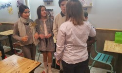 Exposición de Pequeño Deseo en las Cervezas del Mercado con los componentes valencianos de Masterchef junior (12)