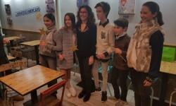Exposición de Pequeño Deseo en las Cervezas del Mercado con los componentes valencianos de Masterchef junior (13)