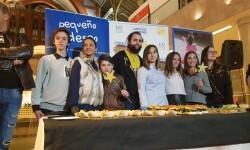 Exposición de Pequeño Deseo en las Cervezas del Mercado con los componentes valencianos de Masterchef junior (36)