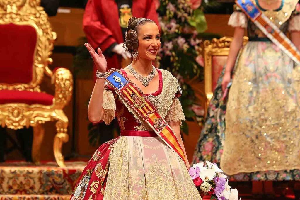 Fallas, Exaltación de Raquel Alario i Bernabé en el Palau de la Música (33)
