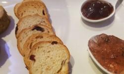 Foie gras micuit con mermelada de higosarroceria la plaza (42)