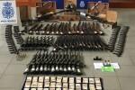 La Policía Nacional encontró entre 10.000 y 12.000 armas valoradas en 10 millones de euros en el mercado negro.