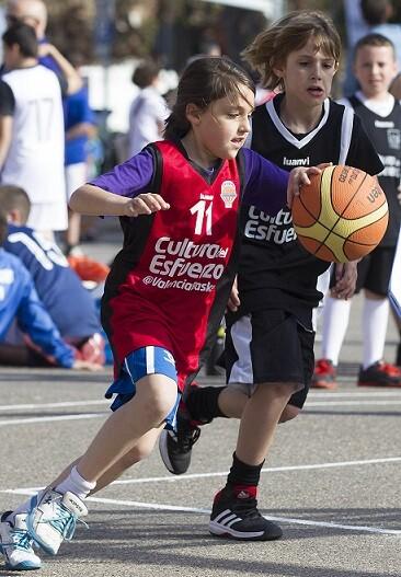 la-iniciativa-impulsada-por-la-fundacion-trinidad-alfonso-y-luanvi-cuenta-con-la-adhesion-de-mas-de-cien-nuevos-clubes-deportivos-de-toda-la-comunitat-valenciana-esta-temporada