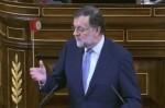 Rajoy descarta medidas para bajar el precio de la luz y confía que las 'próximas lluvias' ayuden a rebajarlo.
