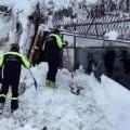 Rescatados los últimos cuerpos del hotel sepultado por una avalancha en Italia.