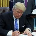 Trump retira a EE.UU. del acuerdo comercial TPP.
