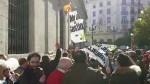Miembros de VOX son agredidos en lamanifestaciónde Sevilla en favor de la sanidad pública