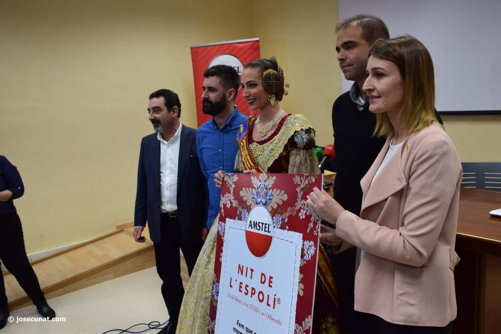 'Nit del Espolín', un espectáculo que unirá la artesanía sedera y la pirotécnia (18)
