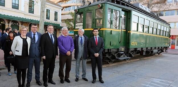 Autoridades durante el 30 aniversario de Ferrocarrils de la Generalitat Valenciana (FGV).