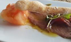Dados de tomate valenciano (Raf) con pato marinado (9)